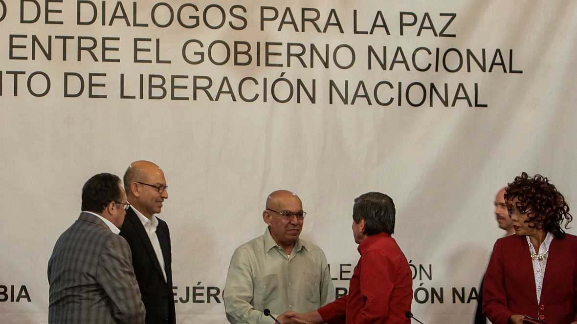 Las mañanas de RNE - El Gobierno de Colombia inicia conversaciones de paz con el ELN - Escuchar ahora