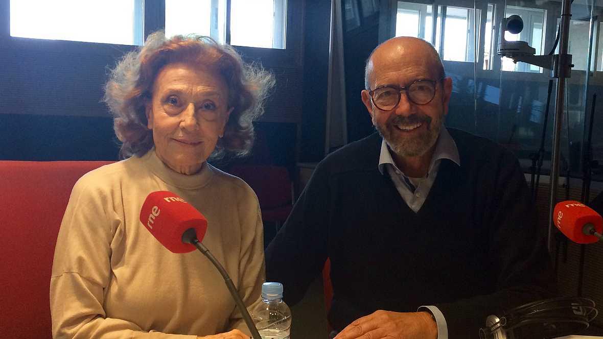 No es un día cualquiera - Julia Gutiérrez Caba y Miguel Rellán - Escuchar ahora