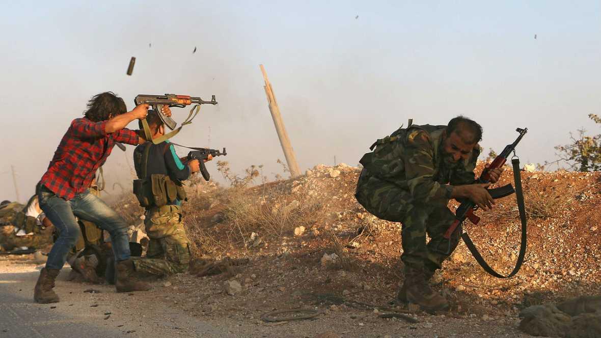 Boletines RNE - Los rebeldes arrebatan al ISIS su bastión ideológico: Dabiq - Escuchar ahora