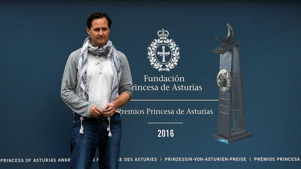 Informativos fin de semana - 24 horas - Comienzan a llegar los galardonados con los premios Princesa de Asturias a Oviedo - Escuchar ahora
