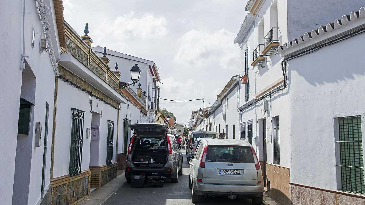 Las mañanas de RNE - Repulsa en Olivares, Sevilla, por una nueva víctima de la violencia machista - Escuchar ahora
