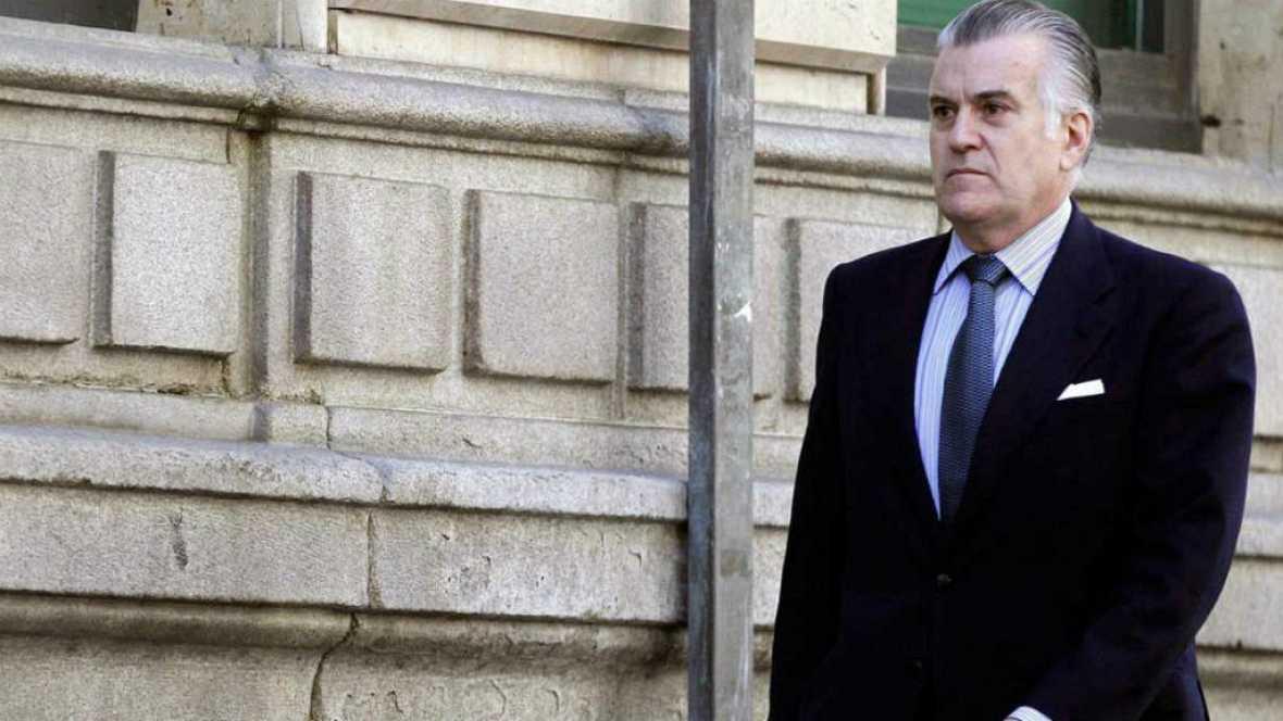 Boletines RNE - Bárcenas pide la comparecencia de tres exministros de Aznar - 17/10/16 - Escuchar ahora