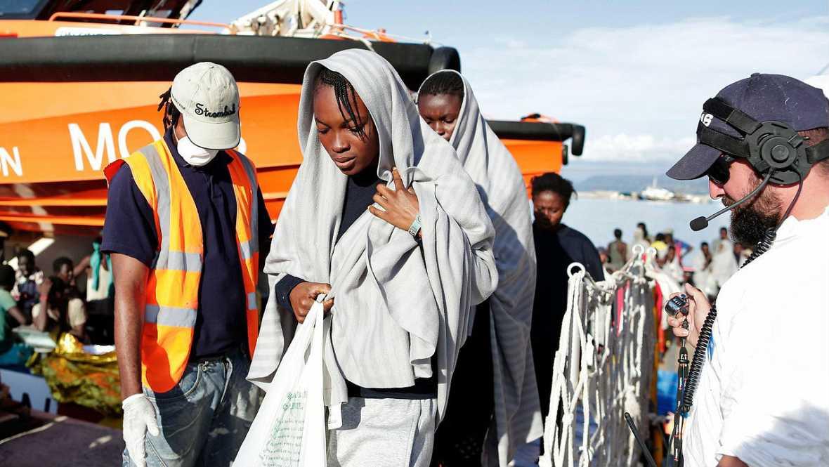 Refugiados. Crece la tensión frente a las costas de Líbia - Escuchar ahora