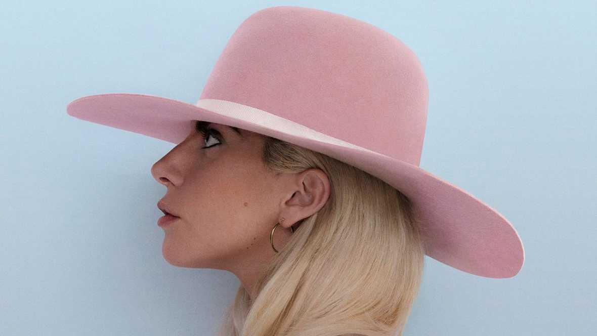 Esto es otra cosa - Novedades frescas. Lady Gaga y su Joanne - 25/10/16 - escuchar ahora