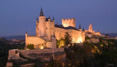 Punto de enlace - El Cervantes de Budapest acoge 'Ciudades Patrimonio de la Humanidad. 15 joyas de España' - 26/10/16 - escuchar ahora