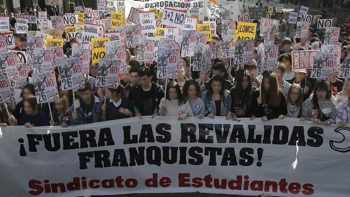 Diario de las 2 - Manifestaciones y protestas contra las reválidas de la Lomce - Escuchar ahora