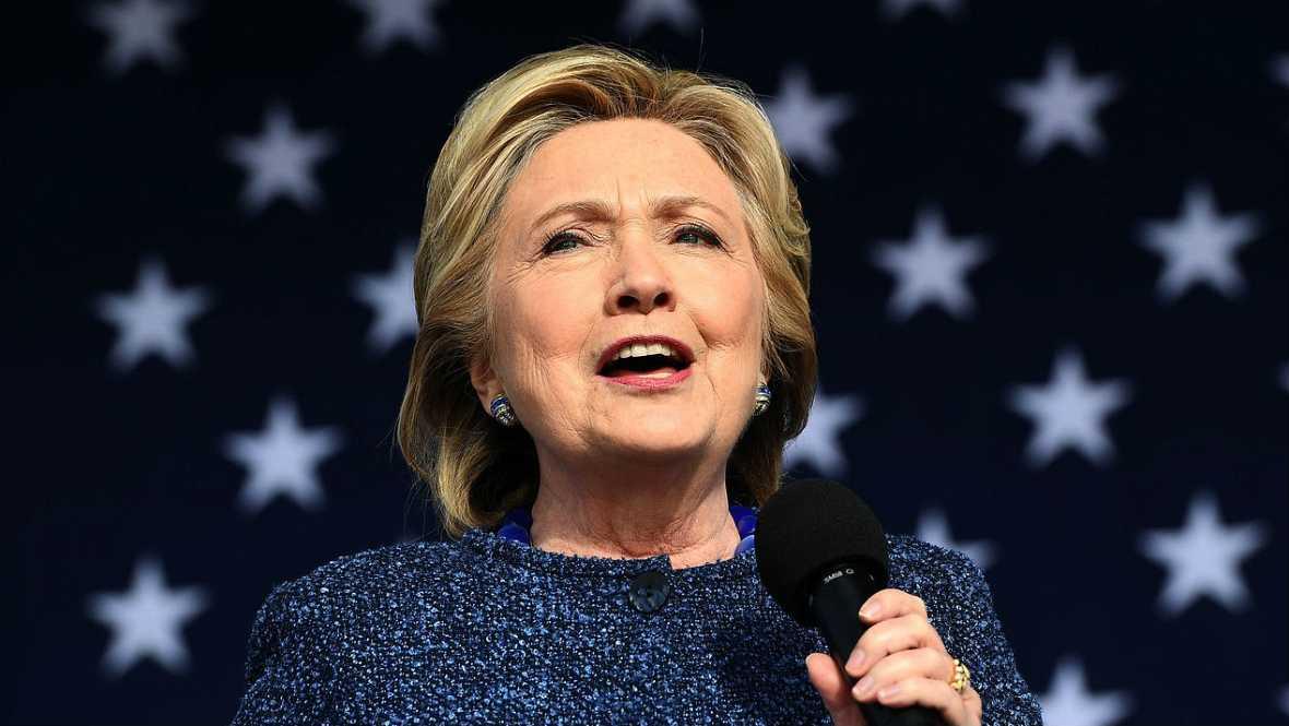 24 horas - El FBI investiga nuevos correos privados de Hillary Clinton - Escuchar ahora