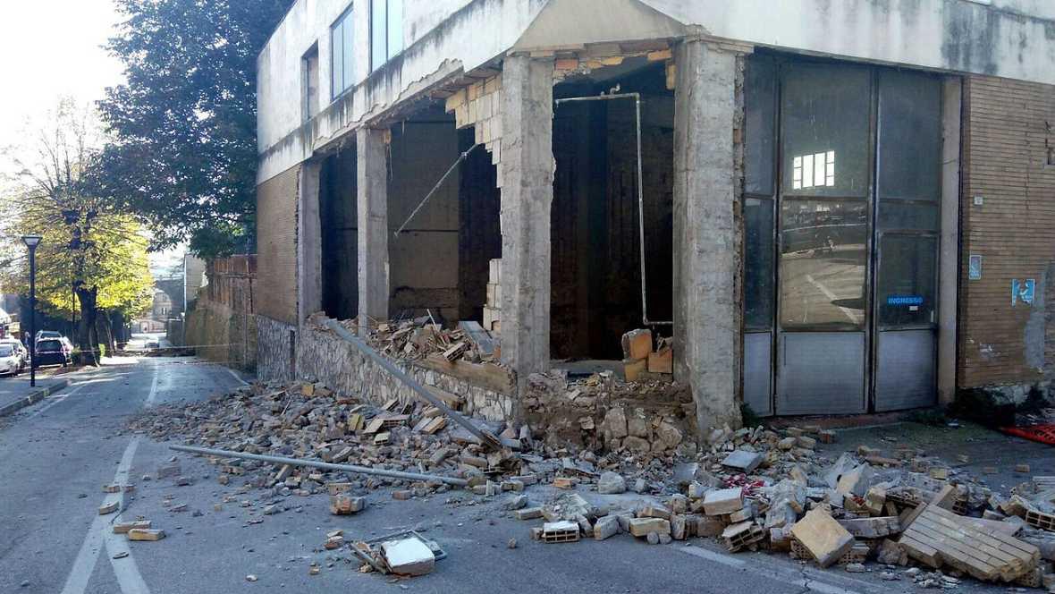 Boletines RNE - Nuevo terremoto en el centro de Italia sin víctimas mortales - Escuchar ahora