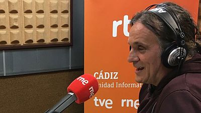 Gente despierta - 'La fiesta de los locos', un documental sobre el carnaval de Cádiz dirigido por Manuel Iborra - Escuchar ahora