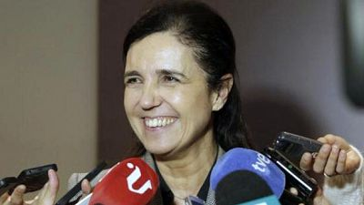 Artesfera - Pilar rojo, presidenta de la Comisión de Asuntos Exteriores nos explica su funcionamiento - escuchar ahora