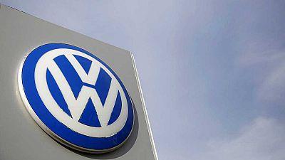 Boletines RNE - Expediente a España y otros seis países por las emisiones de Volkswagen - Escuchar ahora