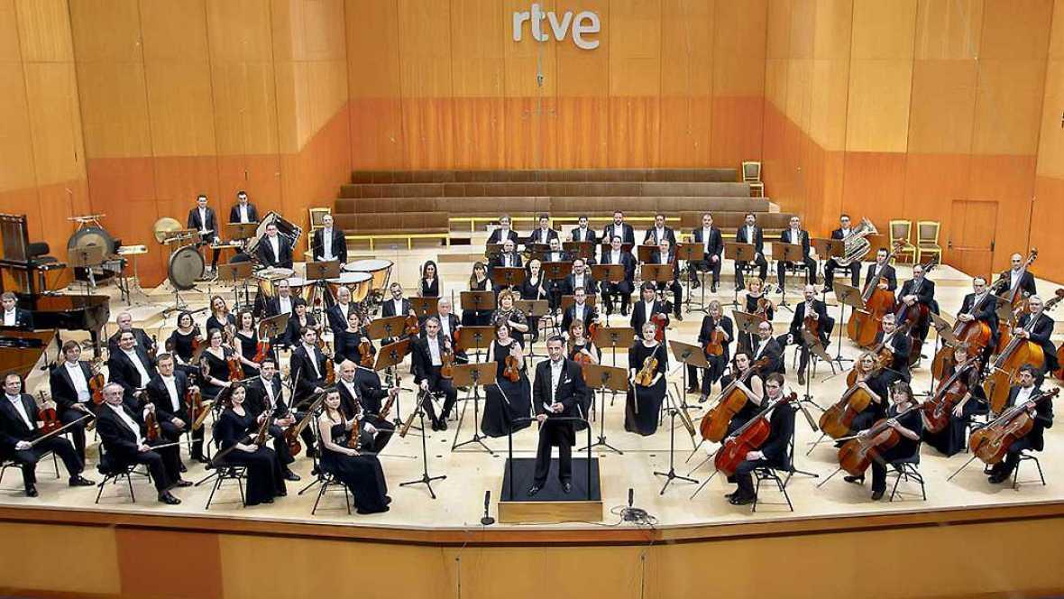 Las mañanas de RNE - Un grupo de niños ciegos disfrutan la música a través de sus manos con la Orquesta de RTVE - Escuchar ahora