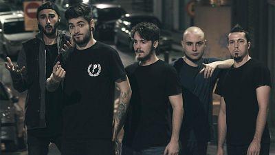 Bandera negra - Crowd y Grippers - 15/12/16 - escuchar ahora