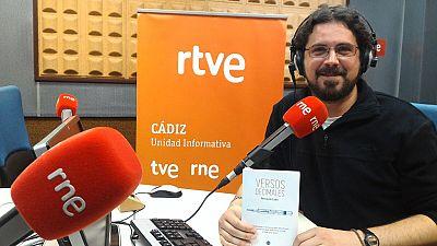 Gente despierta - Fernando Lobo nos presenta su segundo libro de poemas, 'Versos decimales' - Escuchar ahora