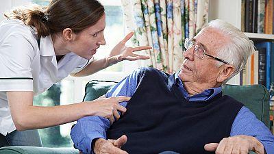 El canto del grillo - El maltrato a las personas mayores: ¿cómo detectarlo? - Escuchar ahora