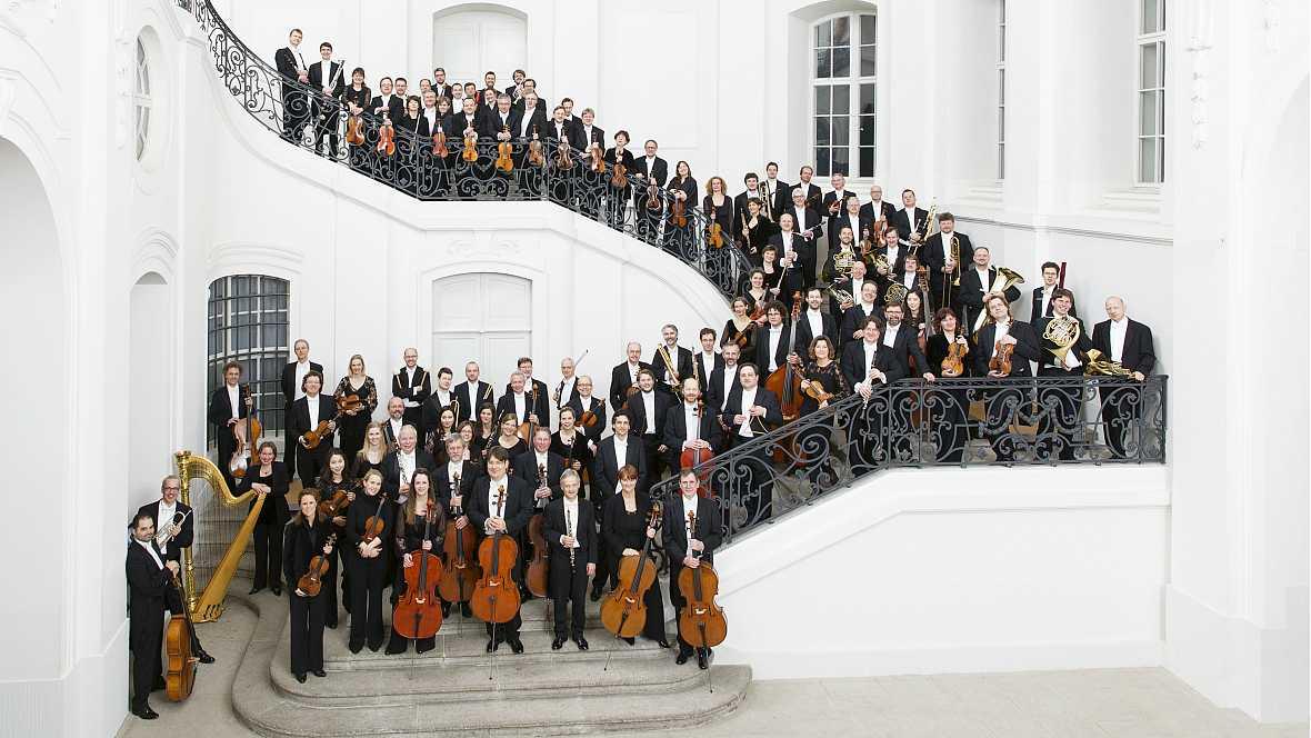 Grandes ciclos - Sinfonietta en La Mayor Op. 90 - 19/01/17 - escuchar ahora