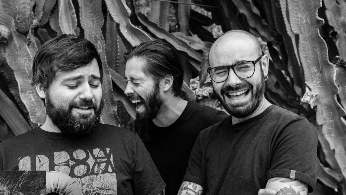 Bandera Negra - Weedmaps is in the house - Escuchar ahora
