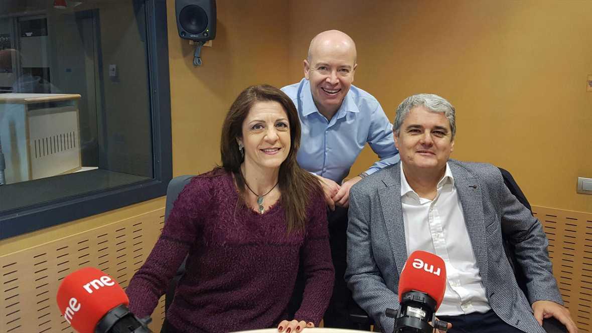 Econòmix - 'Com combinar feliçment la feina amb la relació de parella' amb Maribel Martínez i Ricard Alfaro
