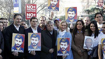 Concentración por la libertad de los presos políticos en Venezuela - Escuchar ahora