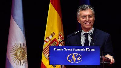 América hoy - Mauricio Macri finaliza su visita de Estado a España en la que ha firmado 11 acuerdos de cooperación - 24/02/17 - escuchar ahora