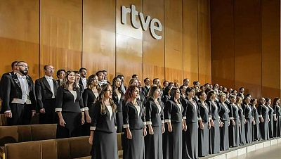Fila cero - Orquesta Sinfónica y Coro de RTVE - 08/03/17 - escuchar ahora