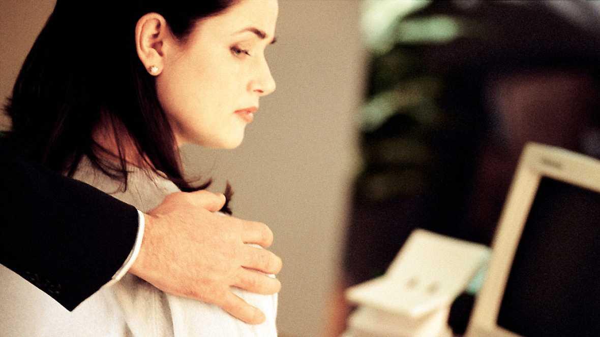 La noche en vela - Tertulia: El acoso laboral, sexual, escolar... cómo detectarlo y combatirlo - 20/03/17 - Escuchar ahora