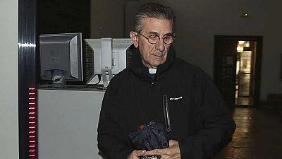 Diario de las 2 - La Fiscalía retira la acusación contra el padre Román por abusos sexuales - Escuchar ahora