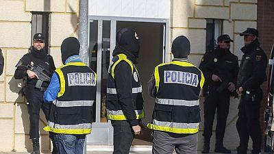 Las mañanas de RNE - Los tres detenidos por yihadismo pasarán a disposición judicial - Escuchar ahora