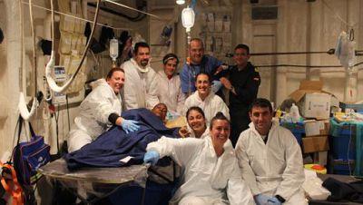 Españoles en la mar - Nace un bebé en la fragata Canarias - escuchar ahora