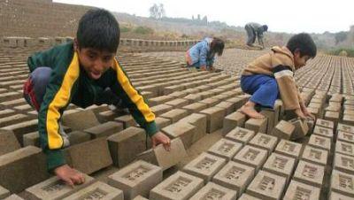 Sumando esfuerzos - La lacra del trabajo infantil - 25/03/17 - escuchar ahora