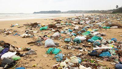 Españoles en la mar - Estudio de la presencia de basuras en las playas y riberas españolas - 24/03/17 - escuchar ahora