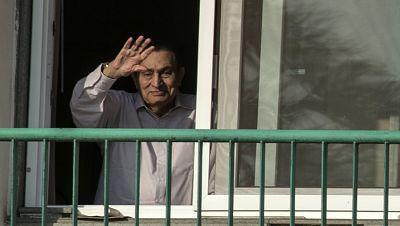 África hoy - Hosni Mubarak sale de prisión - 27/03/17 - escuchar ahora