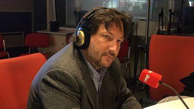 """No es un día cualquiera - Entrevista a Carmelo Di Gennaro: """"El libro es un fresco de la Italia cultural de la época"""""""
