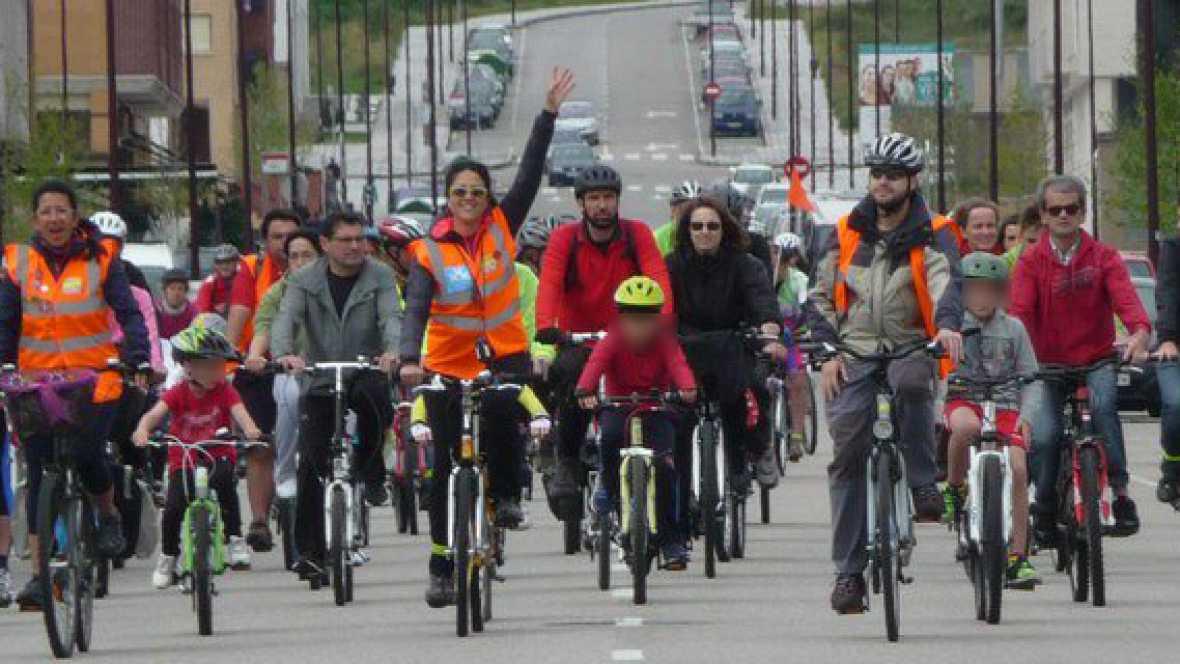 Reportajes Emisoras - Gijón, en bici - 10/04/17 - Escuchar ahora