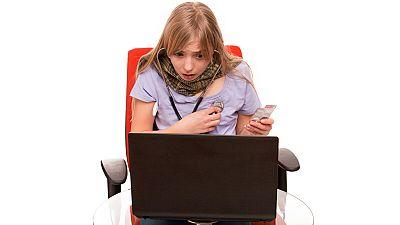 España vuelta y vuelta - La hipocondria digital o el uso compulsivo de internet para autodiagnosticarse - Escuchar ahora