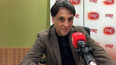 """No es un día cualquiera - Entrevista a Antonio Iturbe: """"Saint-Exupéry no era perfecto pero era maravilloso"""" - Escuchar ahora"""