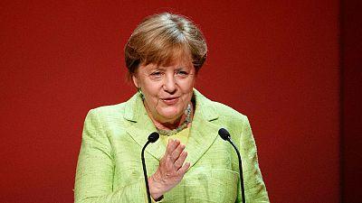 Merkel valora positivamente para Europa la ventaja de Macron - Escuchar ahora
