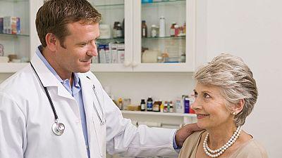 El canto del grillo - ¿Cómo debe ser un buen médico?, una critica constructiva hacia estos profesionales - Escuchar ahora
