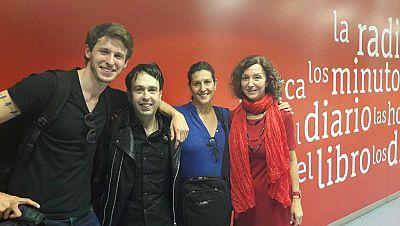 Andreu Castro y los protagonistas de 'Pasaje al amanecer' - Escuchar ahora