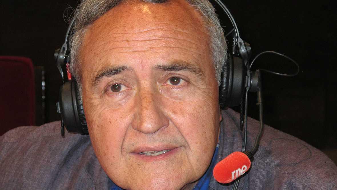No es un día cualquiera  - Vicente Molina Foix - Escuchar ahora