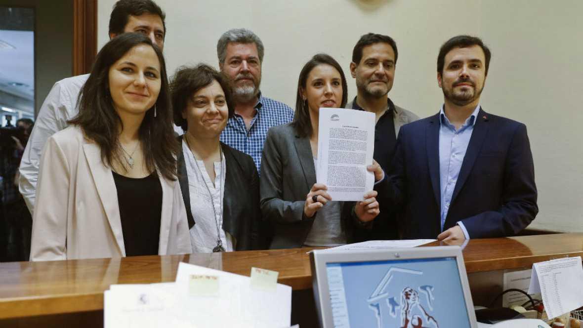 Diario de las 2 - Unidos Podemos registra en el Congreso la moción de censura contra Rajoy - Escuchar ahora