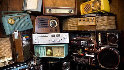 Amigos de Radio Exterior de España - La radio en el tiempo - 05/06/17 - escuchar ahora