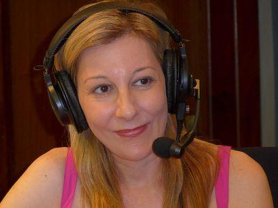 No es un día cualquiera - Eva García Sáenz de Urturi - Escuchar ahora