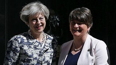 Diario de las 2 - May podrá gobernar en minoría tras el acuerdo con Foster - Escuchar ahora
