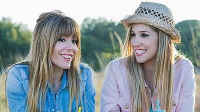 Metròpoli - Ani, bloguera de las 'Fit Happy Sisters'. Notícies curioses, 'Retrozapping' i humor