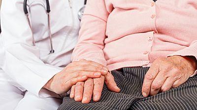 Las mañanas de RNE - Cuidados paliativos o cómo hacer más llevadero el camino hacia el final de la vida - Escuchar ahora