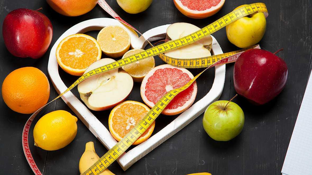 Entre probetas - Mitos, leyendas y realidad sobre comidas y dietas - 26/07/17 - Escuchar ahora