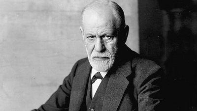 No es un día cualquiera - Freud - Escuchar ahora