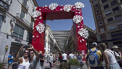 Los taxistas inician por sorpresa una huelga indefinida durante la Feria de Málaga