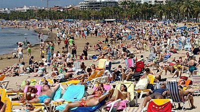 """Las mañanas de RNE - Analizamos la turismofobia, el sector dice: """"El futuro de España se llama turismo"""" - Escuchar ahora"""